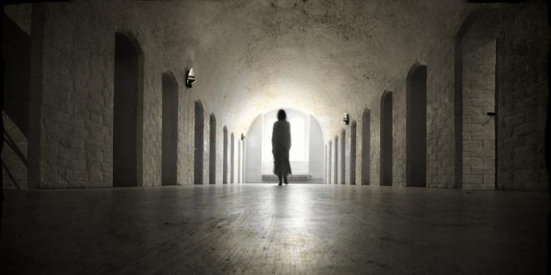 tunnel hall walk light