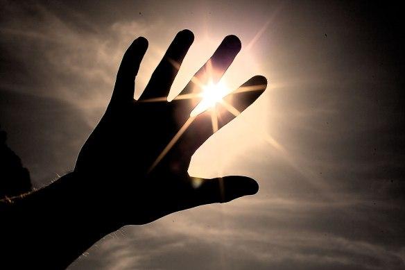 healing hand light
