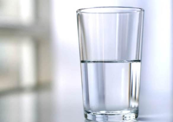 glass half empty full water